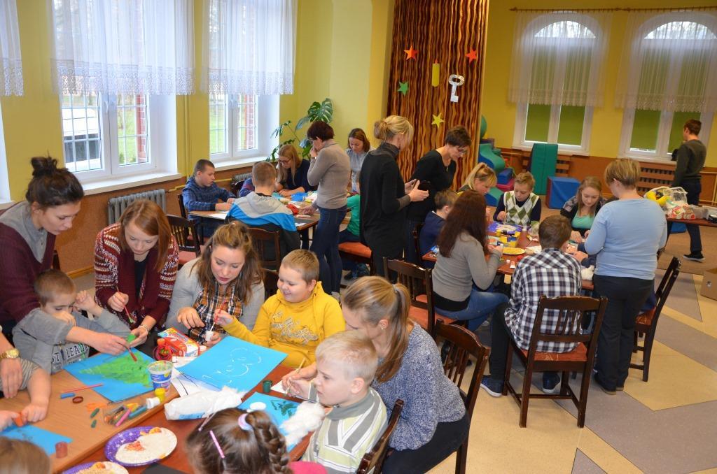 Spotkanie uczniów klas zautyzmem zestudentami Uniwersytetu Gdańskiego