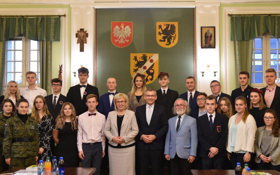 Nasze uczennice Radnymi Młodzieżowej Rady Powiatu Wejherowskiego !